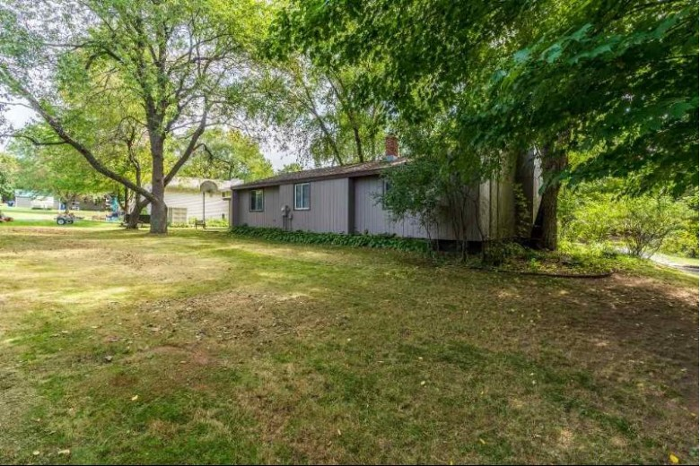 1608 Woodland Ridge Road Wausau, WI 54403 by Coldwell Banker Action $164,900