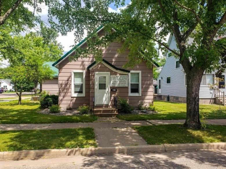 205 Washington Ave E Tomahawk, WI 54487 by Northwoods Community Realty, Llc $109,900