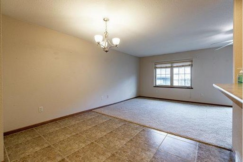 5011 County Road B UNIT 7 La Crosse, WI 54601-2910 by Berkshire Hathaway Homeservices North Properties $179,900