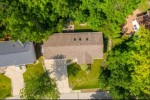 618 Highview Dr, Slinger, WI by Exsell Real Estate Experts Llc $290,000
