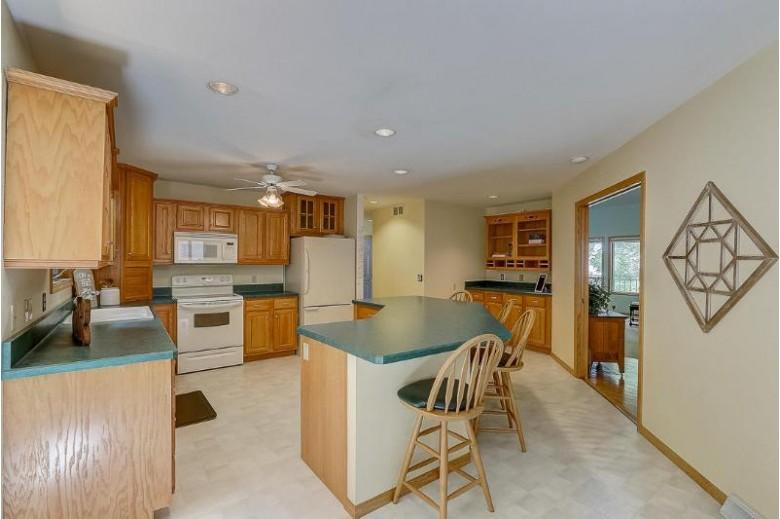625 Margarette St Lake Mills, WI 53551 by Re/Max Shine $499,900