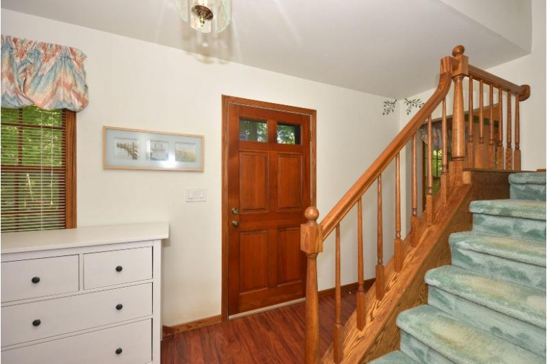 327 Kettle Ct, Slinger, WI by Realty Executives Integrity~cedarburg $339,900