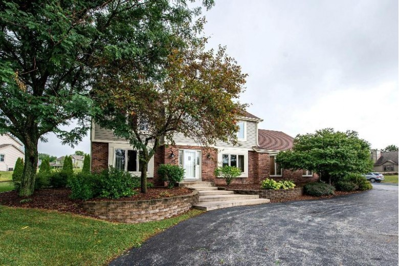 W171N4952 Greenview Ave, Menomonee Falls, WI by First Weber Real Estate $450,000