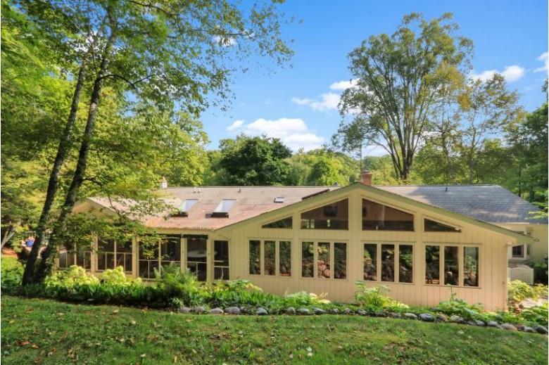 W3157 Wildwood Ln, Lake Geneva, WI by Keefe Real Estate, Inc. $999,985