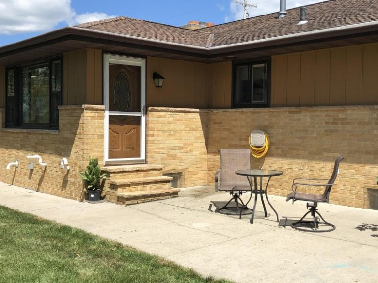 N929 Second Street Rd Watertown, WI 53098-4425 by Realty Executives Platinum $270,000