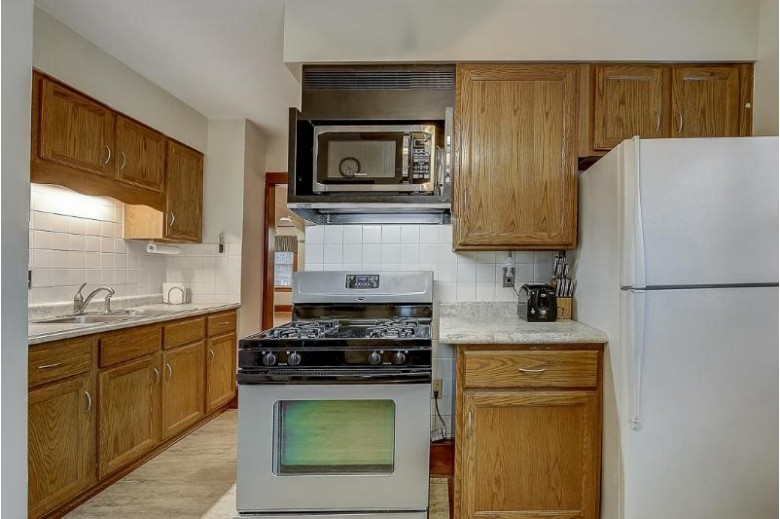 2325 S 59th St 2325A West Allis, WI 53219-2115 by Realty Executives Integrity~brookfield $173,900