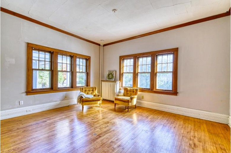 2745 S Herman St 2747, Milwaukee, WI by Benefit Realty $274,900