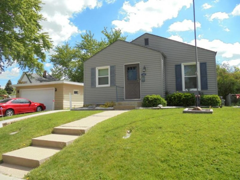 1127 Brooker St Racine, WI 53404 by Exp Realty, Llc~milw $99,999