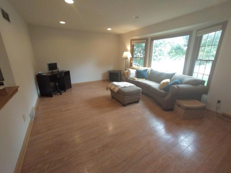 1976 Cliff-Alex Ct N Waukesha, WI 53189-7681 by Standard Real Estate Services, Llc $290,000