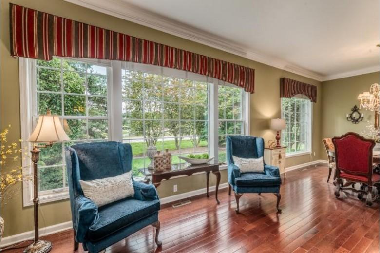 W233N3088 Oakmont Ct B, Pewaukee, WI by Shorewest Realtors, Inc. $335,000