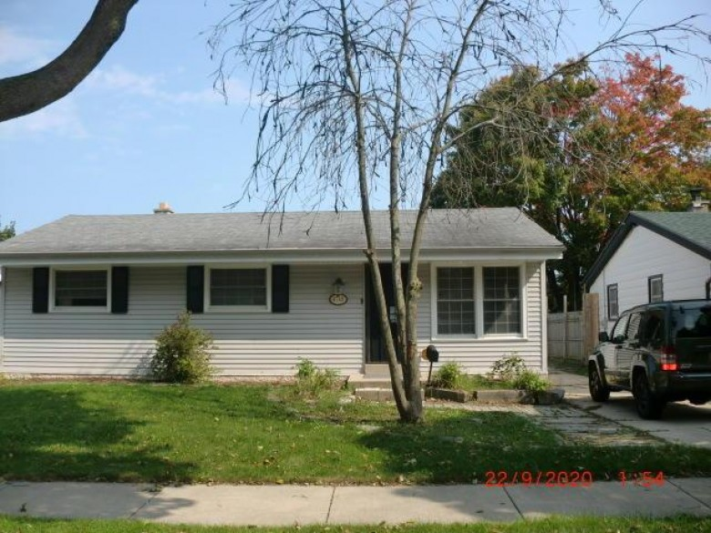 6748 N 51st St, Milwaukee, WI by Agape Realty Group Llc $125,000