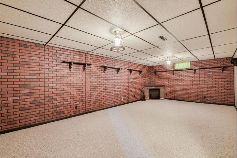 3348 Hillside Rd, Slinger, WI by Star Properties, Inc. $279,900
