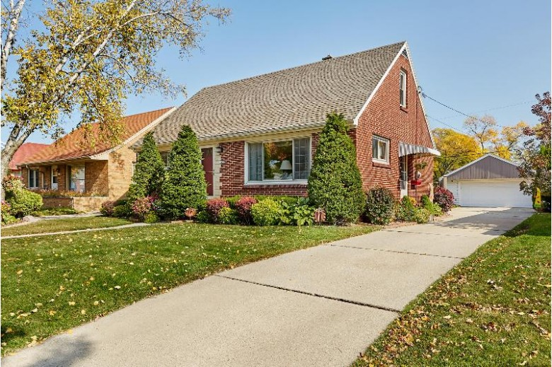3166 S 54th St Milwaukee, WI 53219-4419 by Lakehouse 62 Real Estate,llc $209,900