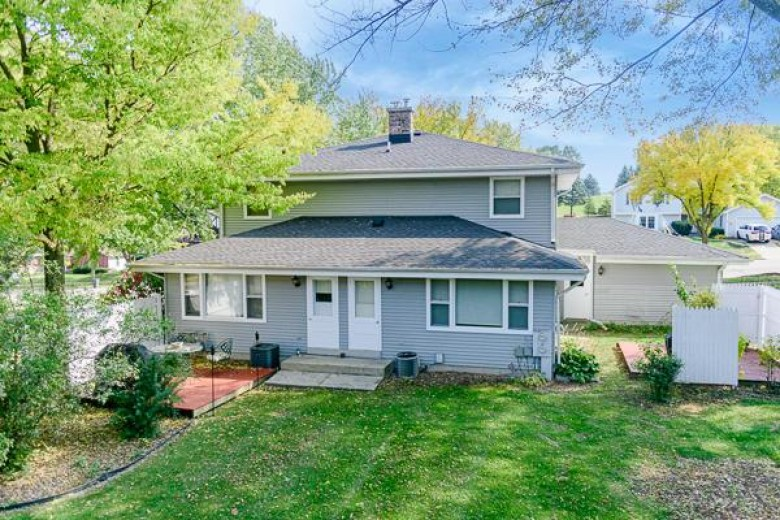 200 S Grandview Blvd 202 Waukesha, WI 53188 by Benefit Realty $324,900