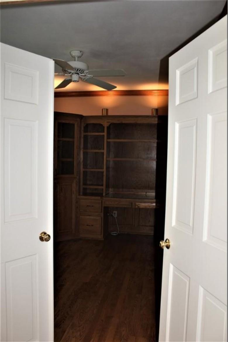 2932 Ridgeway Drive, Neenah, WI by Coldwell Banker Real Estate Group $396,800