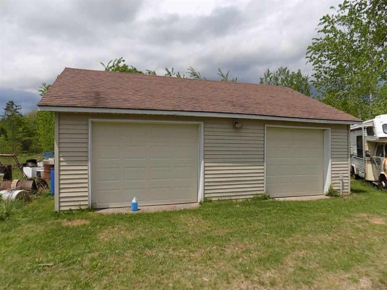 15585 Hwy 32, Mountain, WI by RE/MAX North Winds Realty, LLC $89,900