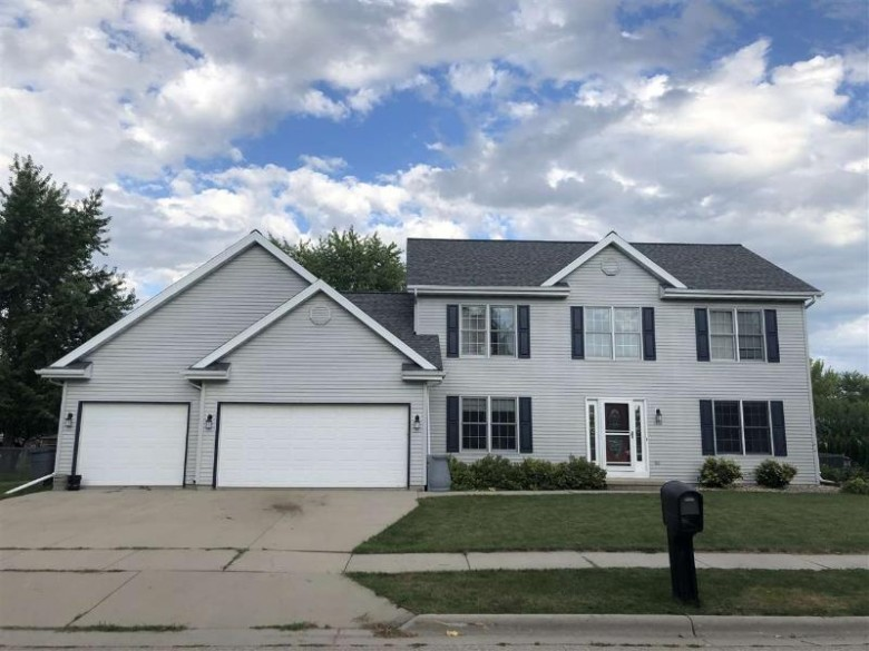 1512 Petula Avenue, North Fond Du Lac, WI by RE/MAX Heritage $259,900