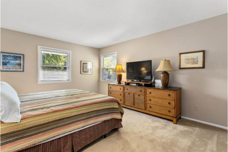 1081 Eden Drive Neenah, WI 54956-4242 by First Weber Real Estate $242,500
