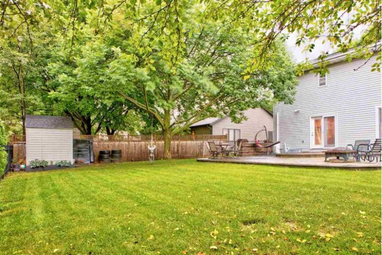 2147 Redtail Drive Neenah, WI 54956-1079 by Century 21 Ace Realty $229,900