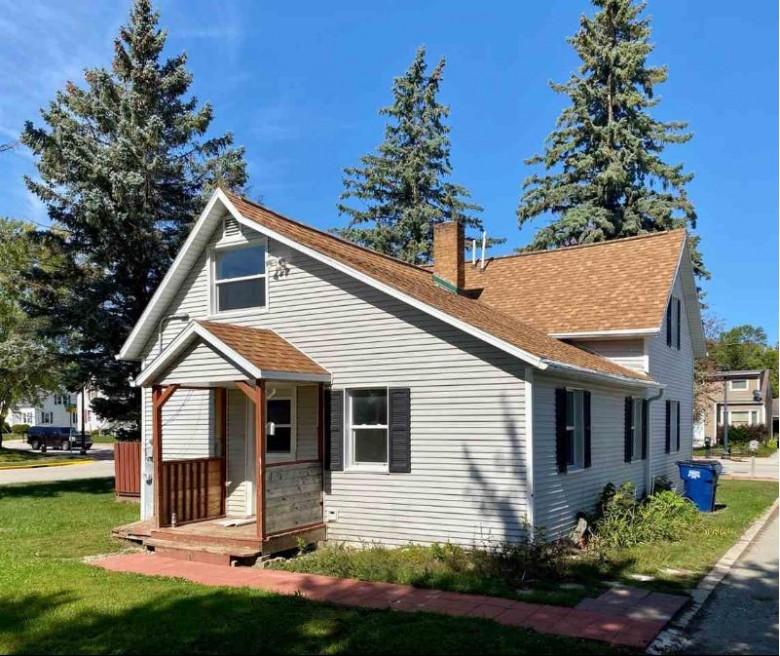 248 W Pulaski Street, Pulaski, WI by Shorewest, Realtors $99,900