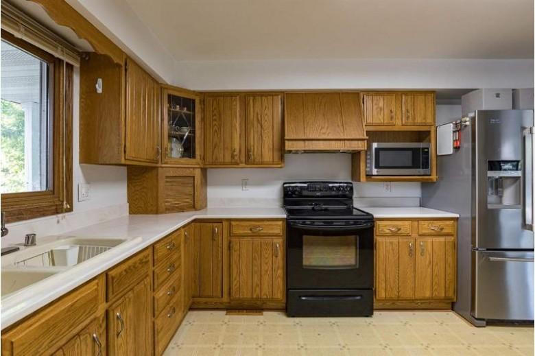 1508 W Lindbergh Street Appleton, WI 54914 by Century 21 Affiliated $169,900