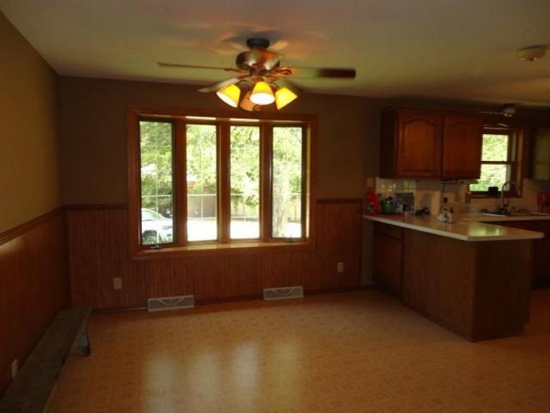 6565 Platte Rd, Platteville, WI by Platteville Realty Llc $299,000