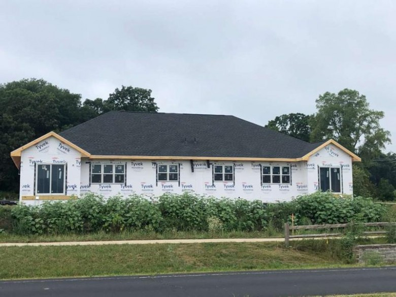 490 Ithaca Ct Oregon, WI 53575 by Luchsinger Realty $309,900