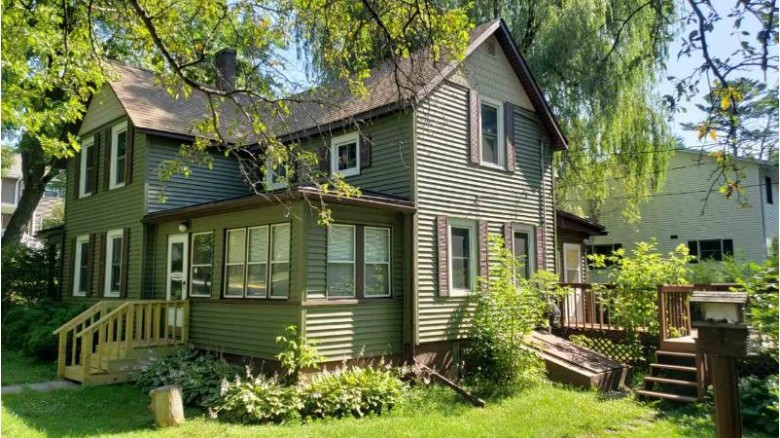 602 Washington St, Wisconsin Dells, WI by Power Realty Group, Inc. $144,000