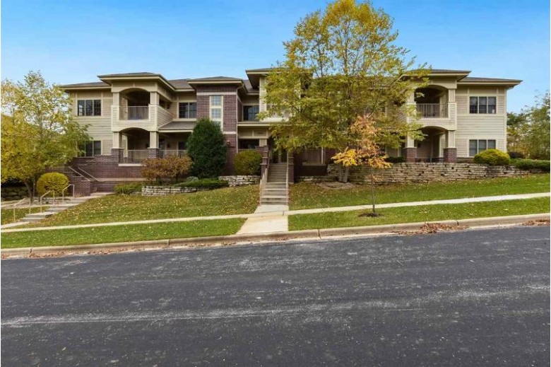 1806 Maplecrest Dr 202 Verona, WI 53593 by Lauer Realty Group, Inc. $495,000