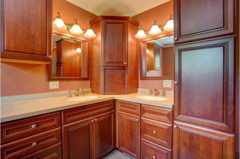 1803 Dover Dr, Waunakee, WI by Bunbury & Assoc, Realtors $399,900