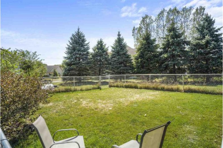 153 Chelsea Ct Oregon, WI 53575 by Mhb Real Estate $389,000
