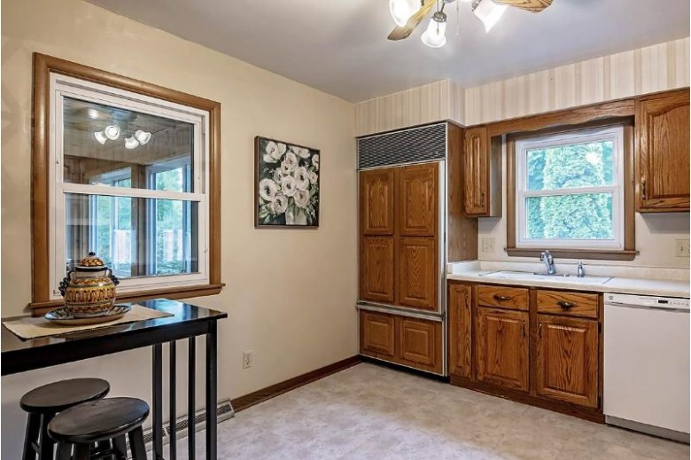 1133 Winston Dr Madison, WI 53711-3173 by Keller Williams Realty $295,000