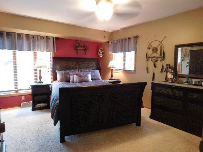 828 Columbia Dr Janesville, WI 53546 by First Weber Real Estate $259,900