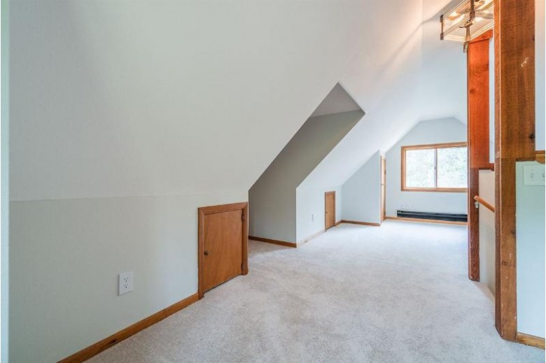 2412 Deer Path Dr, Friendship, WI by Re/Max Preferred $155,000