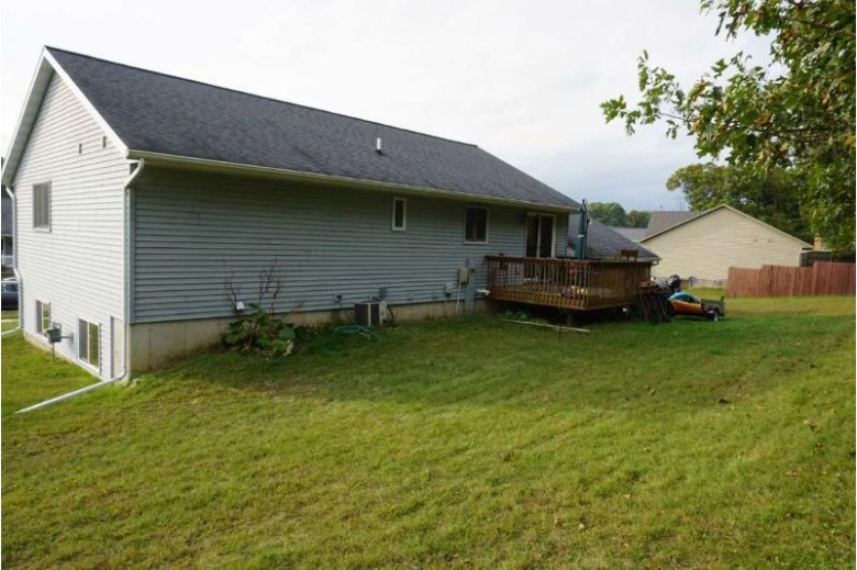 2300 Rufus Rd, Reedsburg, WI by Evergreen Realty Inc $229,900