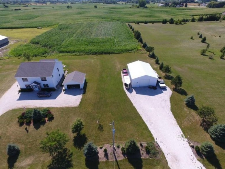 1610 53rd Dr Union Grove, WI 53182-9333 by Re/Max Newport Elite $450,000