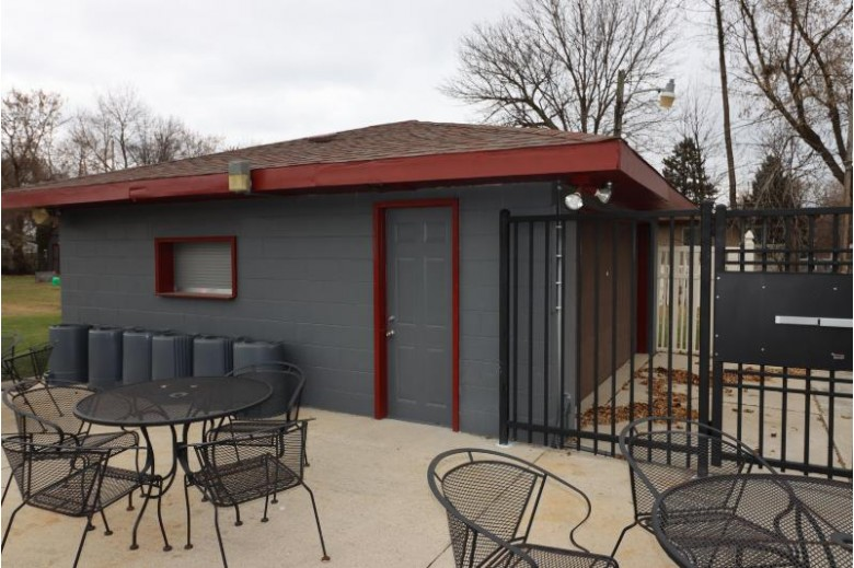4035 S Clement Ave Milwaukee, WI 53207-4503 by Hometowne Realty Llc $375,000