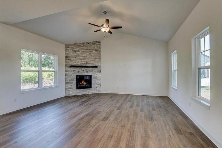 W279N6852 Milk House Ct Hartland, WI 53029 by Tim O'Brien Homes $529,900