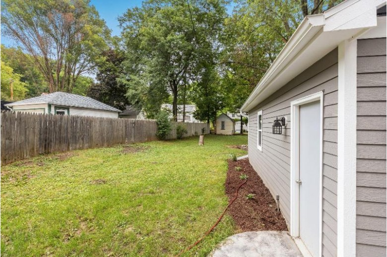 1360 N 72nd St Wauwatosa, WI 53213-2706 by First Weber Real Estate $409,000