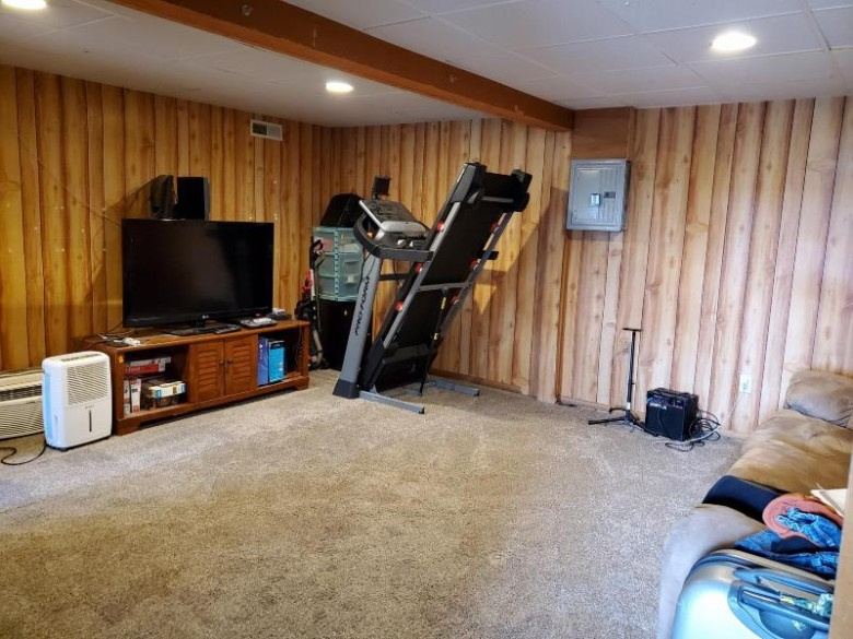6434 Jackpot Ave, Sparta, WI by Mcclain Realty $193,000