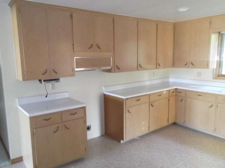 411 S Liberty St, Valders, WI by Action Realty $154,900