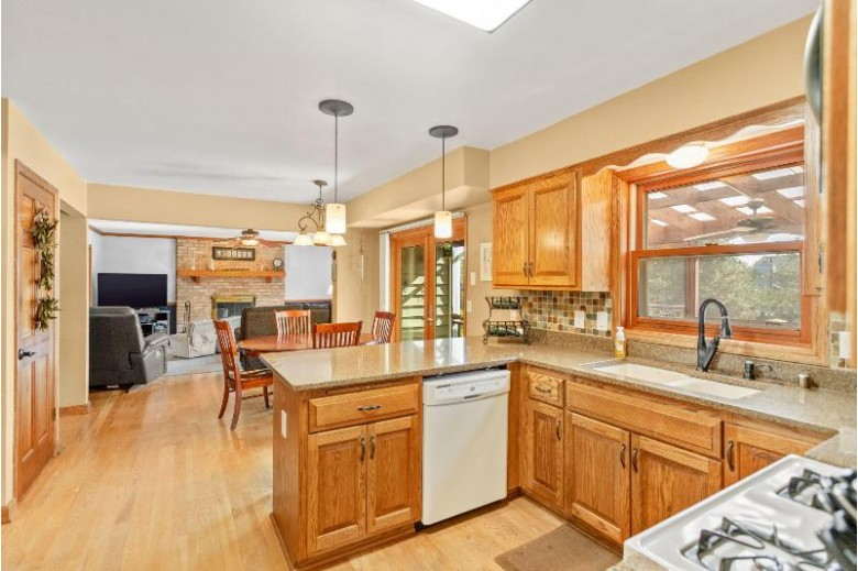 13925 W Sun Valley Dr, New Berlin, WI by Coldwell Banker Realty $424,900