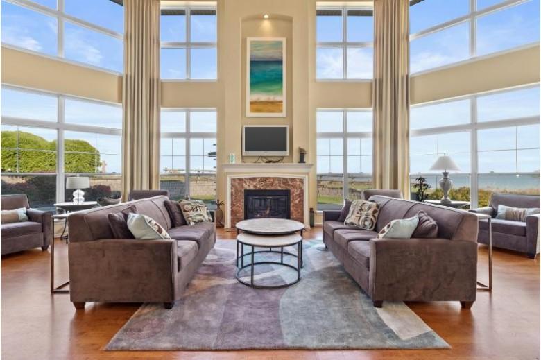 3930 S Lake Dr 505, Saint Francis, WI by Keller Williams Prestige $249,900