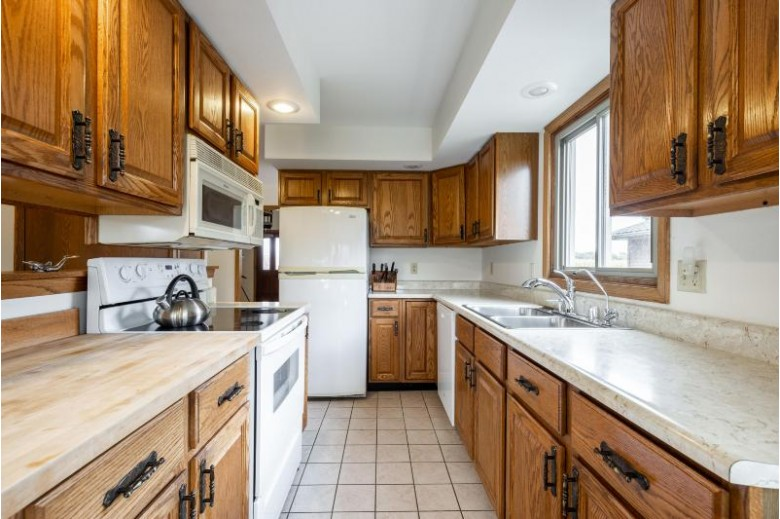 N4783 Riverview Ln Jefferson, WI 53549 by Realty Executives Integrity~brookfield $379,900
