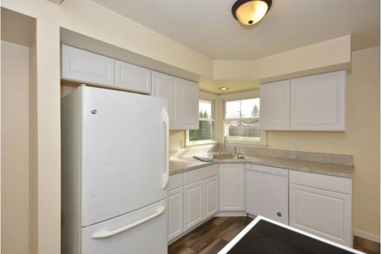 6480 N 81st St, Milwaukee, WI by Shorewest Realtors, Inc. $119,900