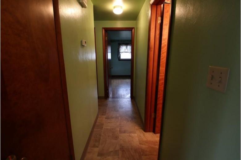 1027 Estes Street, De Pere, WI by Shorewest, Realtors $149,900