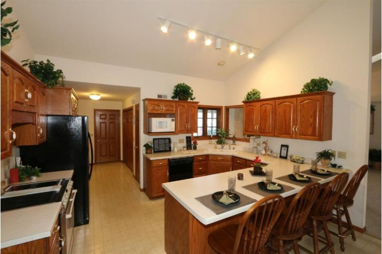 949 New Haven Avenue, Fond Du Lac, WI by Roberts Homes and Real Estate $219,900