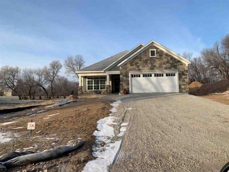 5775 N Osprey Drive, Appleton, WI by Apple Tree Fox Valley, LLC $426,986