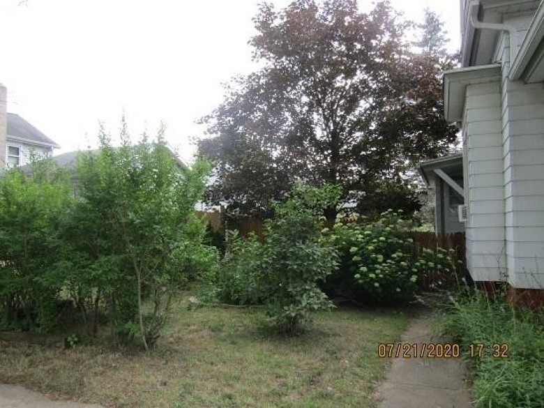 259 N Capron St, Berlin, WI by Yellow House Realty $79,900