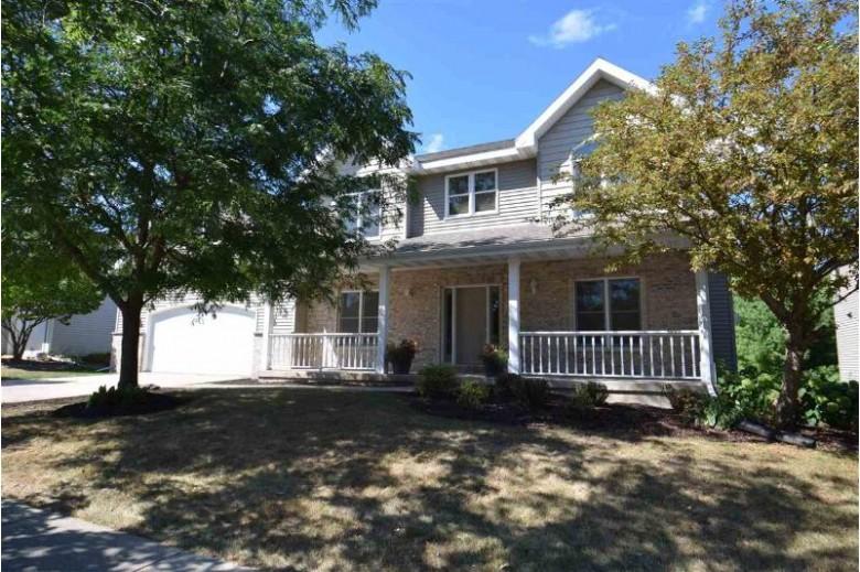 5654 Old Oak Dr Fitchburg, WI 53711 by Ccl Management $425,000
